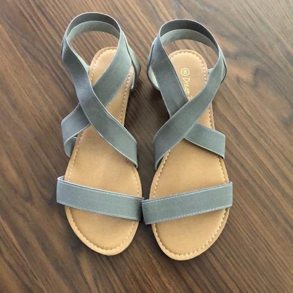 DREAM PAIRS Womens Flat Sandals